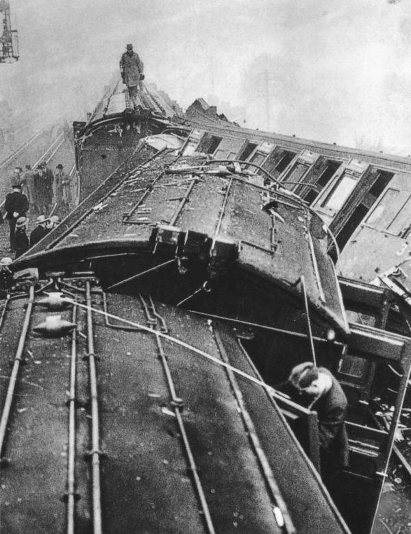 Accident at South Croydon on 24th October 1947